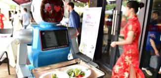 富士康:未来3年内,70%的装配线工作将由机器人接替